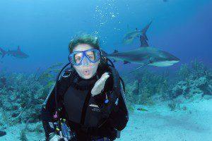 shark diving, shark dive, nyc scuba lessons